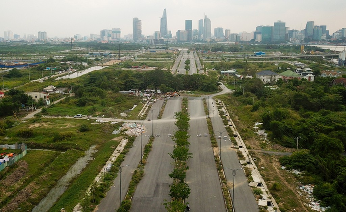 Hiện trạng bốn tuyến đường giá 12.000 tỷ đồng ở Thủ Thiêm - ảnh 2