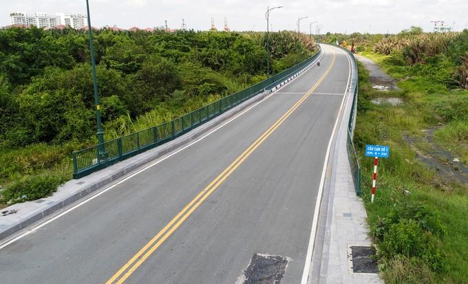 Hiện trạng bốn tuyến đường giá 12.000 tỷ đồng ở Thủ Thiêm - ảnh 7