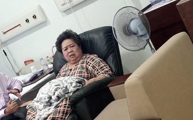 Bà Phấn đang nằm tại bệnh viện Tân Hưng, Quận 7. Ảnh: CTV.