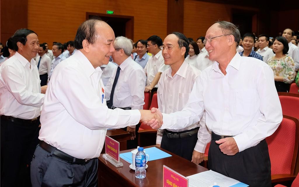 Chùm ảnh: Thủ tướng tiếp xúc cử tri Hải Phòng - ảnh 2