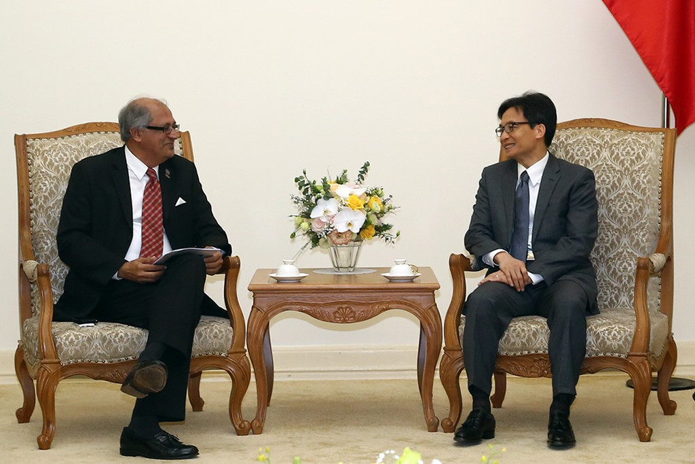 Phó Thủ tướng Vũ Đức Đam đánh giá cao các mục tiêu của APICTA nhằm tăng cường hợp tác, phát triển CNTT-TT trong khu vực châu Á-Thái Bình Dương. Ảnh: VGP