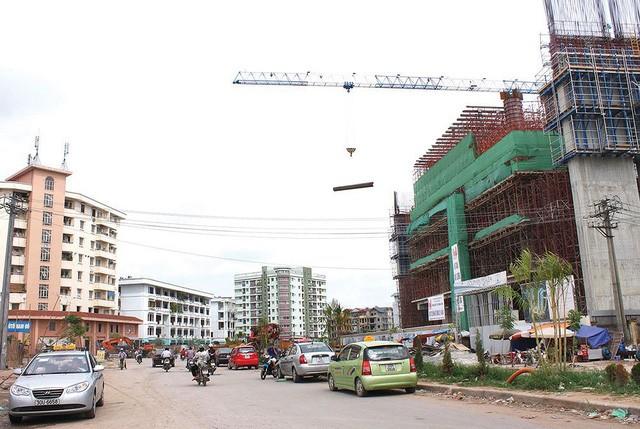 Đã có rất nhiều ý kiến đề nghị sửa quy định về cấp phép xây dựng, ngày 15.5, Hà Nội đã có thay đổi.  Ảnh minh họa