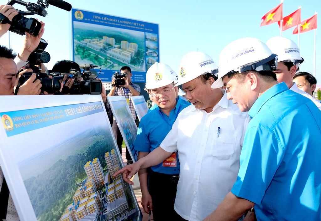 Thủ tướng thăm khu trọ của công nhân tại Hà Nam - ảnh 1