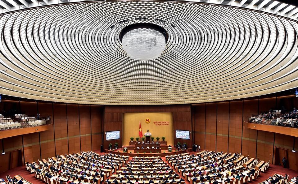 Đại biểu Quốc hội gặp gỡ ngày khai mạc kỳ họp thứ 5 Quốc hội khóa XIV - ảnh 12