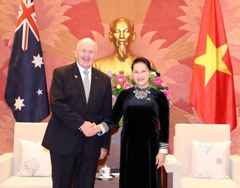 Chủ tịch Quốc hội Nguyễn Thị Kim Ngân hội kiến Toàn quyền Australia Peter Cosgrove. Ảnh: Đại biểu nhân dân