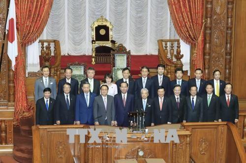 Chủ tịch nước Trần Đại Quang hội kiến Chủ tịch Thượng viện Nhật Bản - ảnh 1