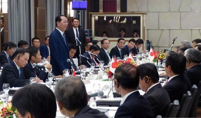 Chủ tịch nước Trần Đại Quang gặp gỡ, đối thoại với các doanh nghiệp Nhât Bản ngày 30/5