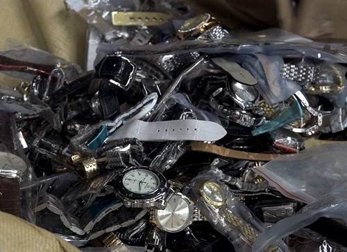 TP HCM tiêu hủy lô hàng lậu có giá hơn 20 tỷ đồng - ảnh 1
