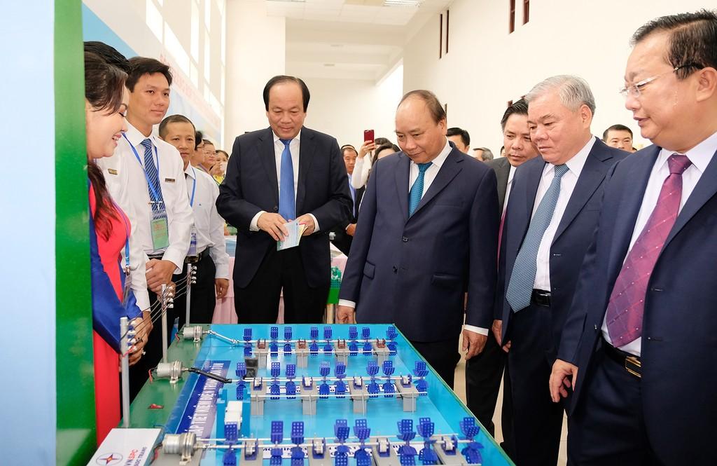 Thủ tướng dự Hội nghị xúc tiến đầu tư tỉnh Sóc Trăng - ảnh 2