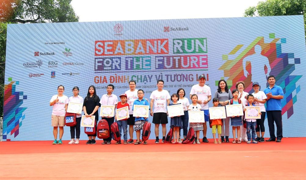 """1.500 vận động viên tham gia giải chạy """"Gia đình chạy vì tương lai - SeABank Run For The Future"""" - ảnh 2"""