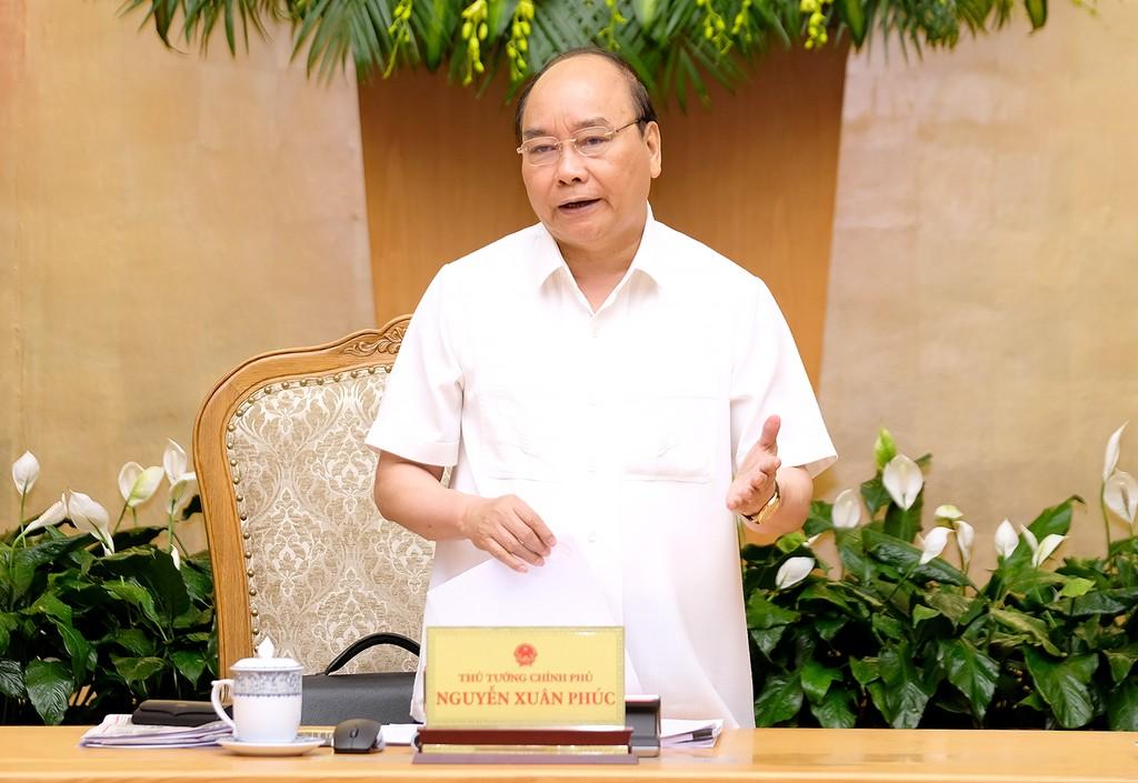 Thủ tướng yêu cầu các bộ, ngành, cơ quan chức năng tập trung cho công tác xây dựng thể chế. Ảnh: VGP
