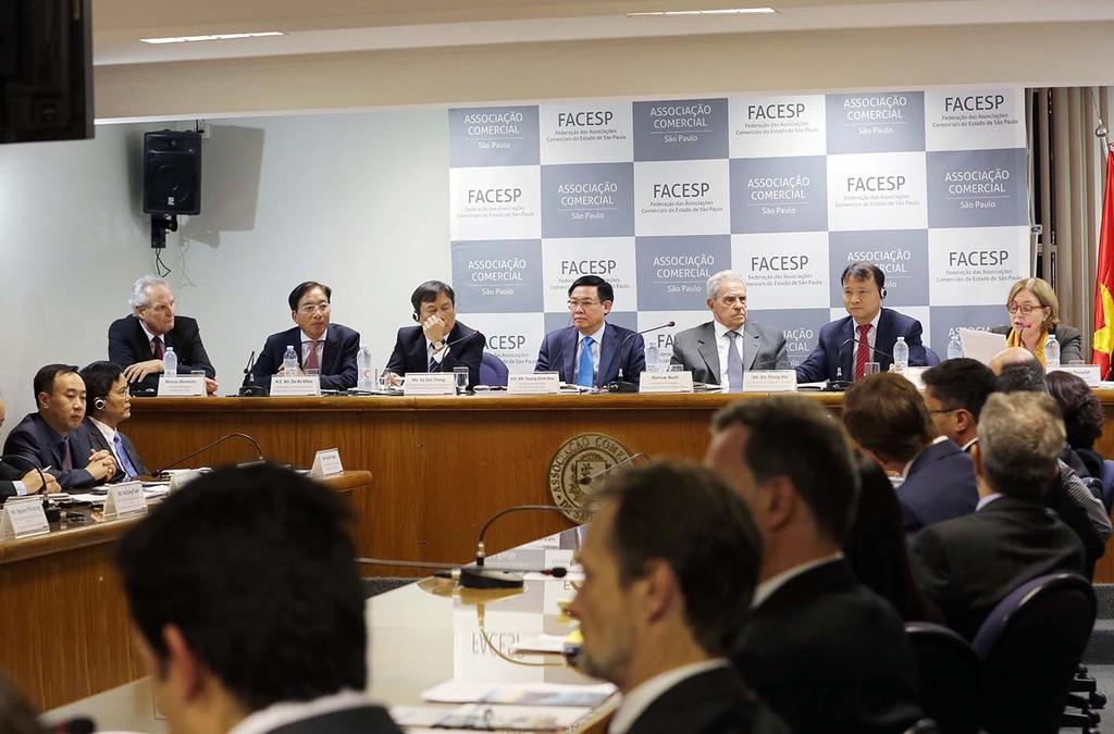 Phó Thủ tướng Vương Đình Huệ kêu gọi đầu tư thương mại tại trung tâm tài chính Nam Mỹ - ảnh 1