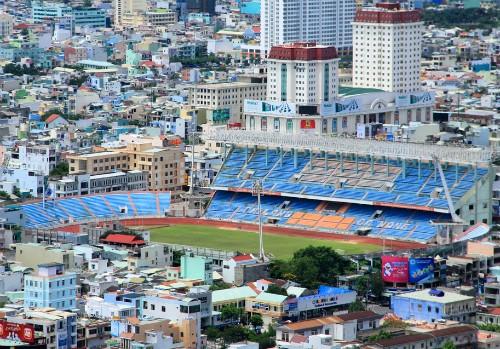 """Sân vận động Chi Lăng đang trở thành dự án """"treo"""" suốt nhiều năm qua."""