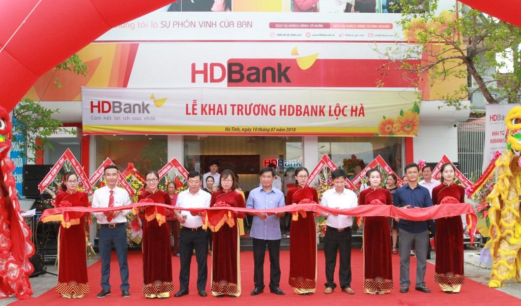 Khai trương HDBank Lộc Hà