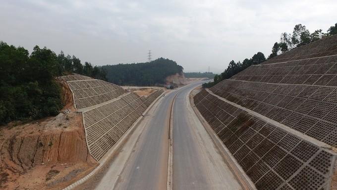 Những công trình giao thông nghìn tỷ sắp hoạt động ở Quảng Ninh - ảnh 7