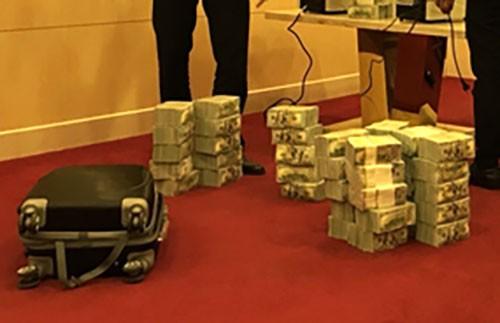 Kho tiền của người tổ chức mạng lưới đánh bạc chục nghìn tỷ đồng - ảnh 1