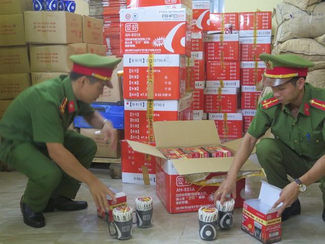 6,5 tấn bút, thước giả thương hiệu nổi tiếng bị lực lượng chức năng tỉnh Bắc Ninh thu giữ