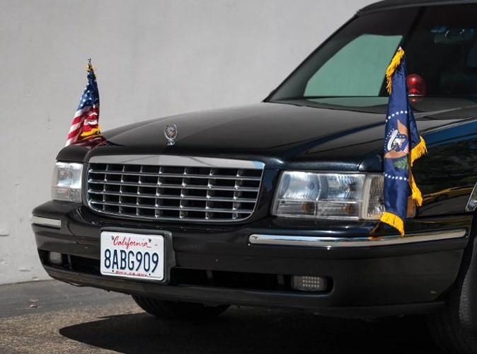 """Đấu giá """"hàng nhái"""" Cadillac One của Tổng thống chỉ từ 232 triệu đồng - ảnh 7"""