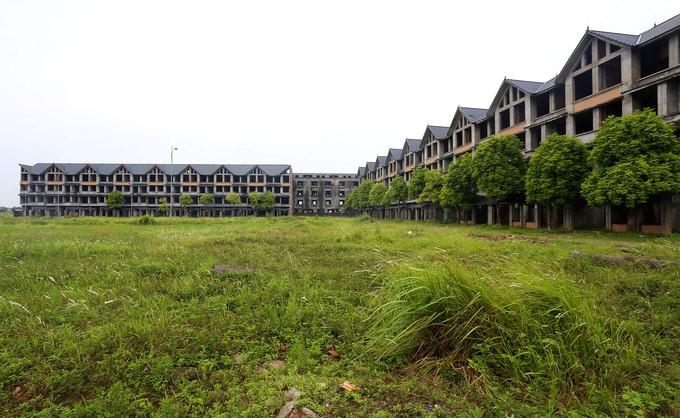 Khu đô thị nghìn tỷ ở Hà Nội bị bỏ hoang nhiều năm - ảnh 1