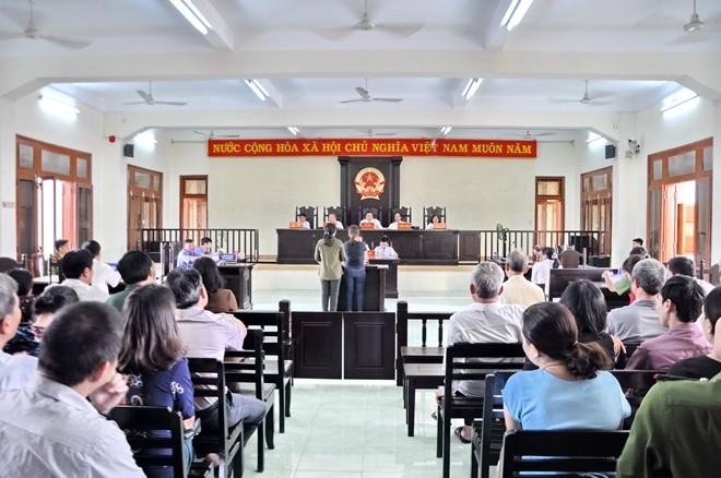 Quang cảnh phiên tòa sơ thẩm