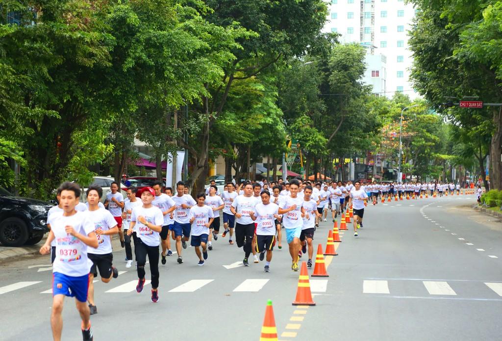 """Giải chạy """"Cộng đồng chạy vì tương lai – Seabank run for the future"""" gây quỹ học bổng cho trẻ em nghèo hiếu học - ảnh 2"""