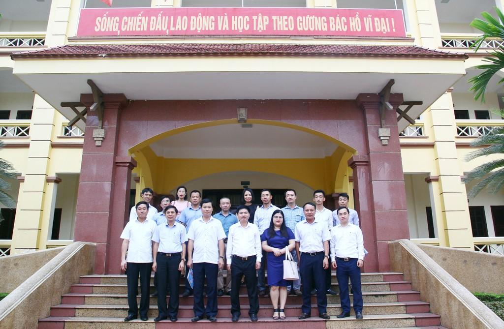 Báo Đấu thầu làm việc với UBND tỉnh Hà Nam về đẩy mạnh quảng bá môi trường đầu tư - ảnh 2
