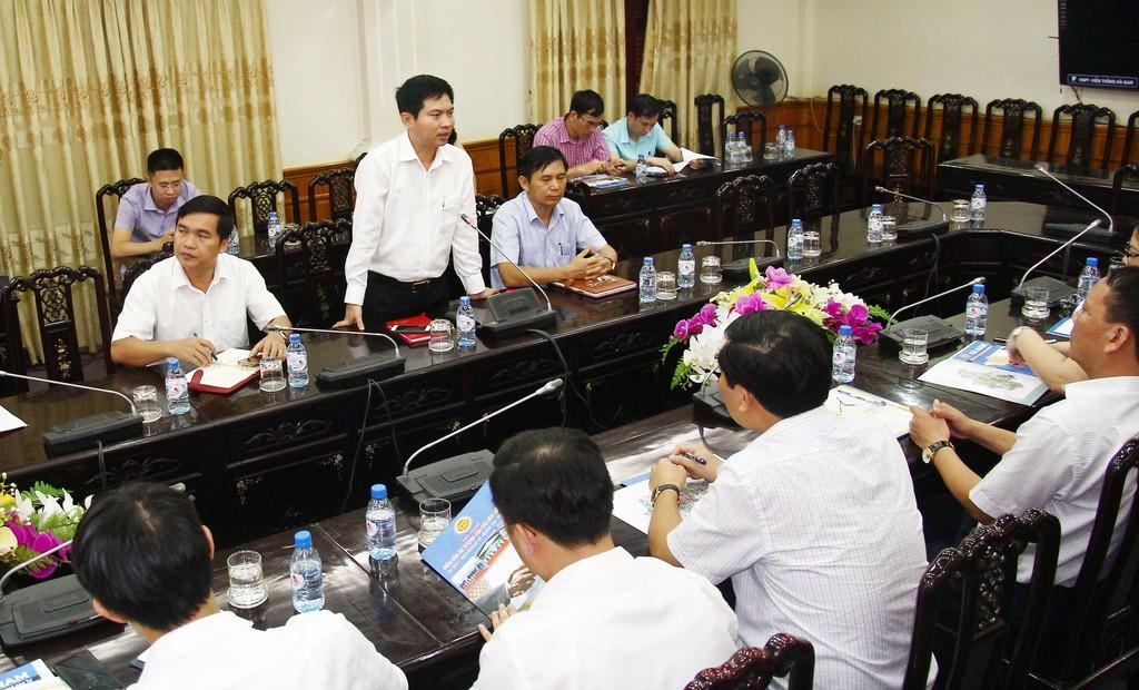 Báo Đấu thầu làm việc với UBND tỉnh Hà Nam về đẩy mạnh quảng bá môi trường đầu tư - ảnh 1