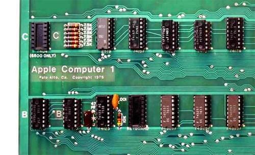 Máy tính sản xuất năm 1976 của Apple được đem đấu giá - ảnh 1