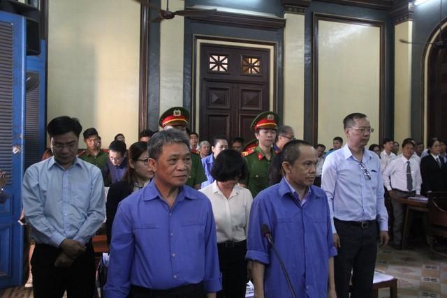 Bắt tạm giam nguyên phó tổng giám đốc ngân hàng Đại Tín - ảnh 1