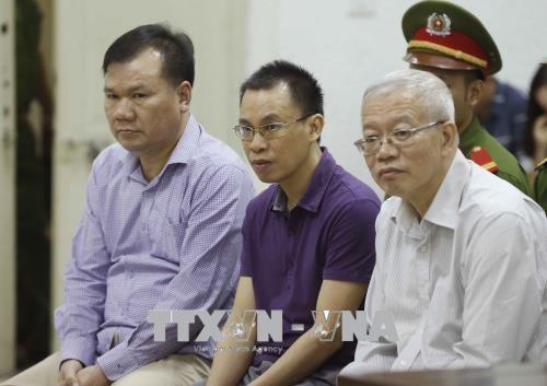 Các bị cáo tại phiên tòa. Ảnh: TTXVN