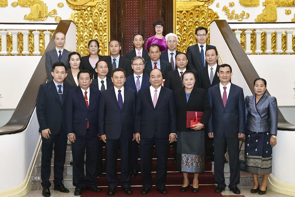 Thủ tướng tiếp Chủ tịch Ủy ban Trung ương Mặt trận Lào - ảnh 1