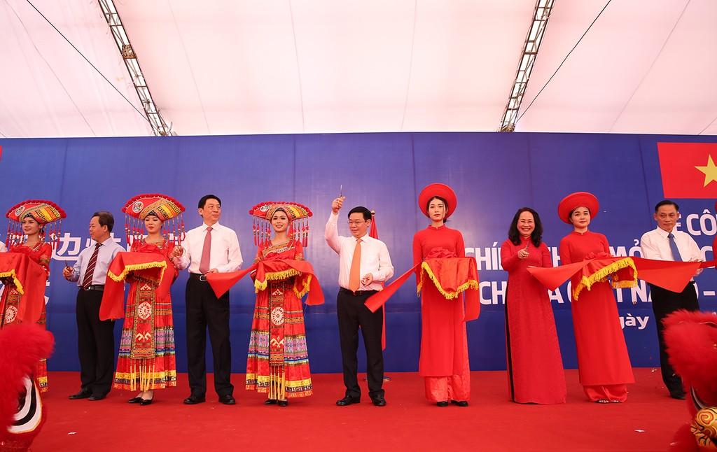 Khai trương cặp cửa khẩu giữa Lạng Sơn-Khu tự trị dân tộc Choang Quảng Tây (Trung Quốc) - ảnh 2