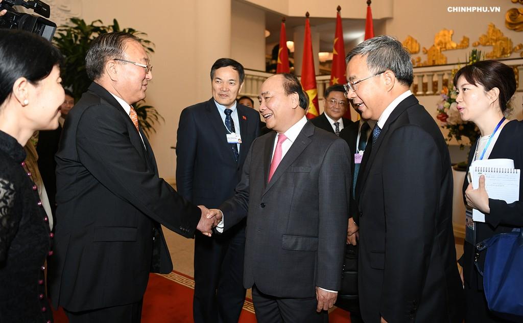 Thủ tướng Nguyễn Xuân Phúc tiếp Phó Thủ tướng Trung Quốc - ảnh 1