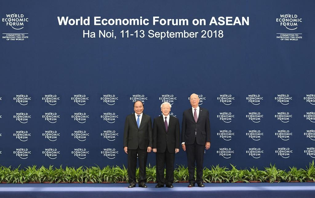 Chùm ảnh: Thủ tướng chủ trì lễ đón các trưởng đoàn dự WEF ASEAN 2018 - ảnh 1