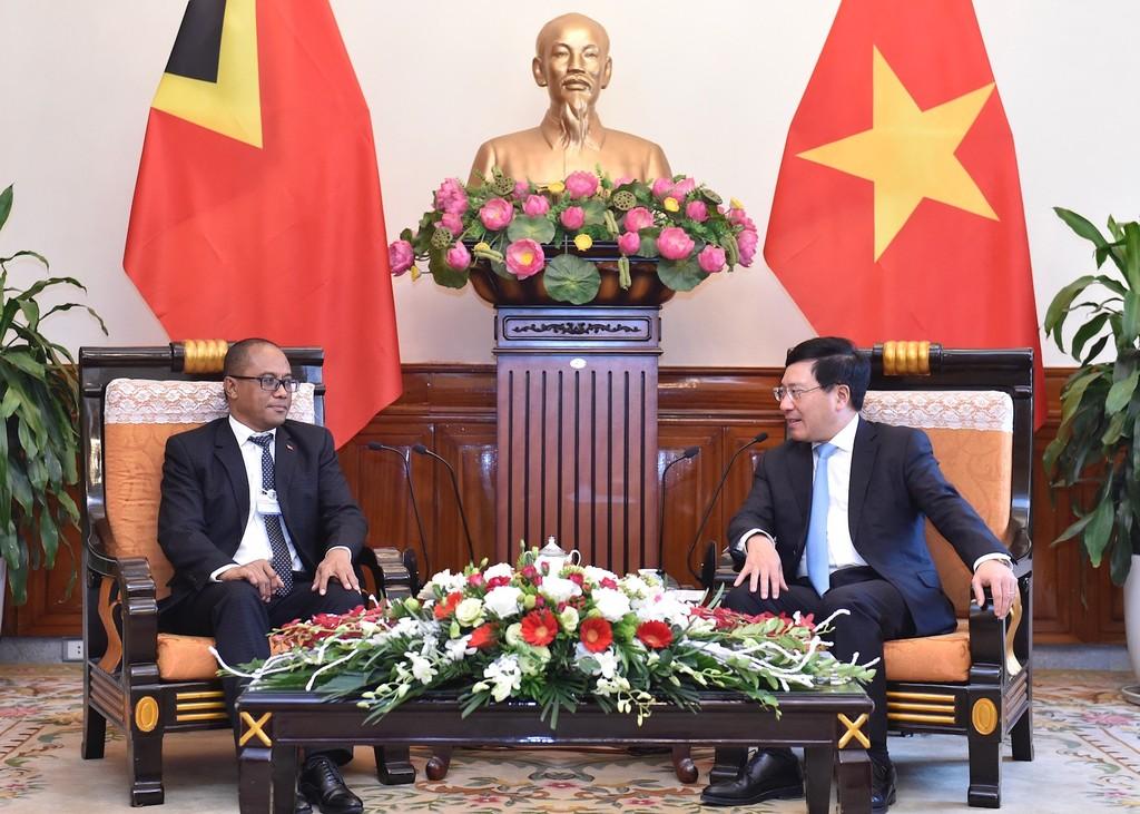 Phó Thủ tướng Phạm Bình Minh gặp song phương Bộ trưởng Ngoại giao Timor Leste. Ảnh: VGP