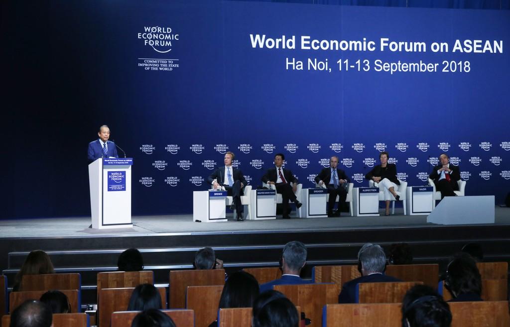 Phó Thủ tướng Trương Hòa Bình phát biểu bế mạc Hội nghị WEF ASEAN 2018. Ảnh: VGP