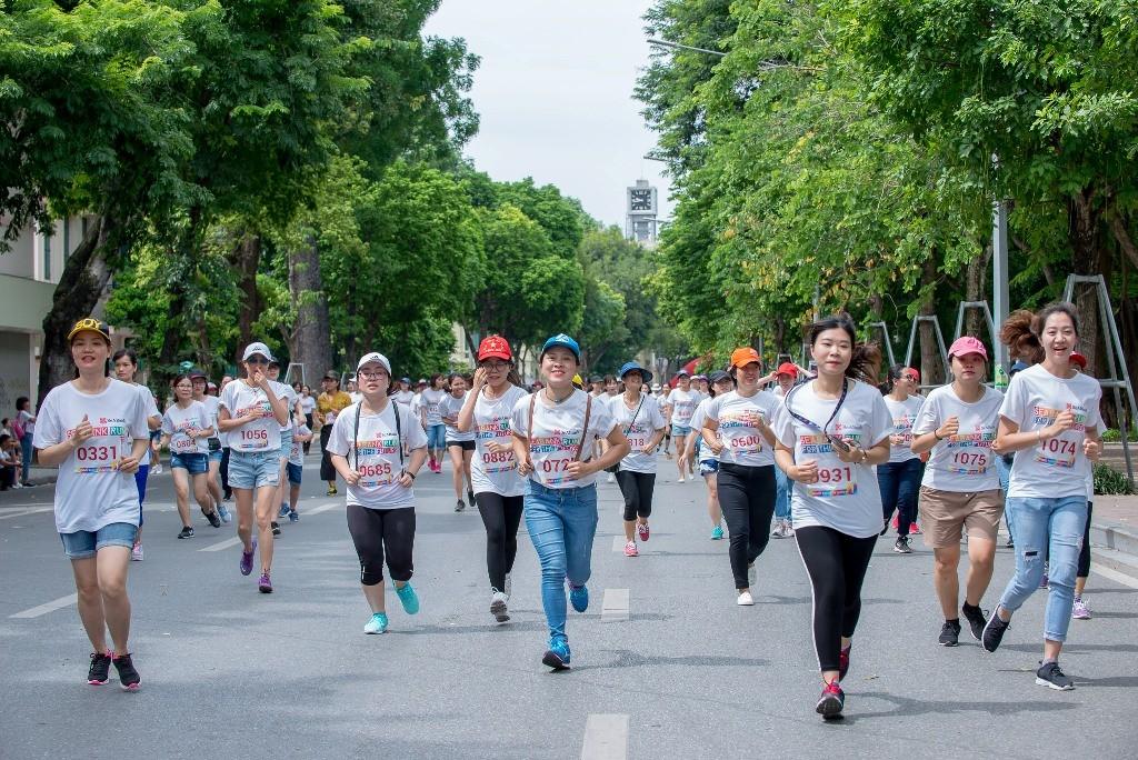 Giải chạy SeABank Run For The Future tại Hà Nội