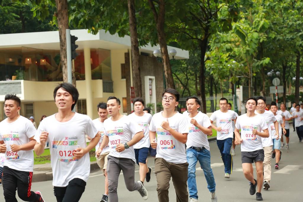 """Gần 3 tỷ đồng cho trẻ em nghèo hiếu học từ giải chạy cộng đồng """"SeABank Run For The Future"""" - ảnh 2"""