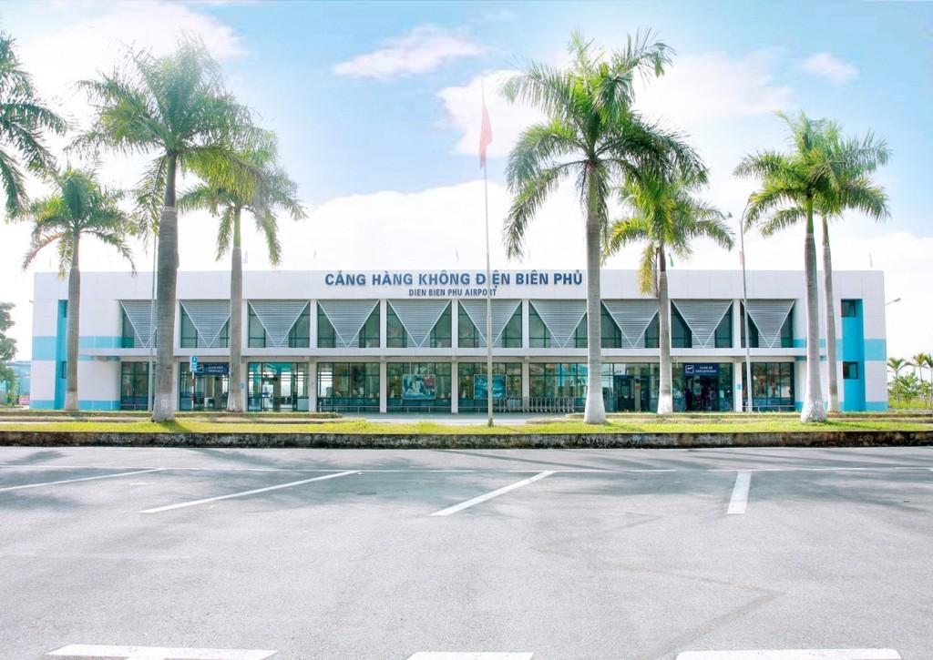 Khẩn trương nghiên cứu đầu tư, xây dựng mở rộng Cảng hàng không Điện Biên