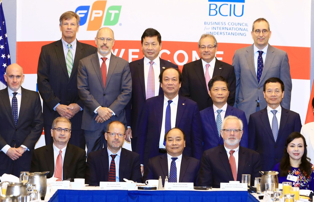 Thủ tướng Chính phủ Nguyễn Xuân Phúc gặp gỡ 20 tập đoàn hàng đầu của Mỹ bên lề chương trình tham dự phiên họp Đại hội đồng liên hiệp quốc lần thứ 73. Ảnh: Thống Nhất