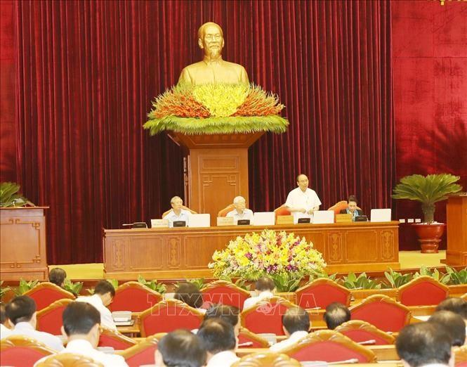 Thủ tướng Chính phủ Nguyễn Xuân Phúc điều hành phiên thảo luận. Ảnh: TTXVN