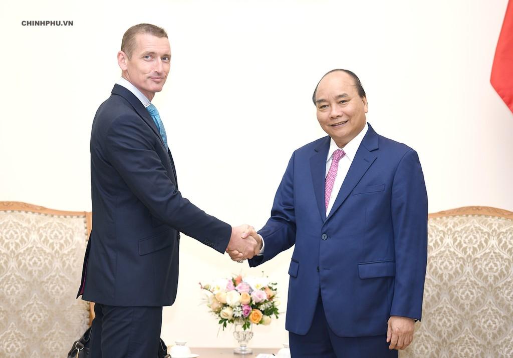 Thủ tướng tiếp một số doanh nghiệp nước ngoài - ảnh 2
