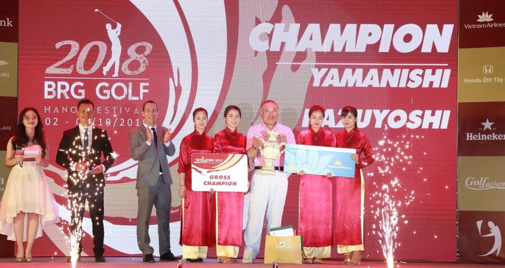 Gôn thủ Nhật Bản Yamanishi Kazuyoshi giành chức vô địch BRG Golf Hà Nội Festival 2018
