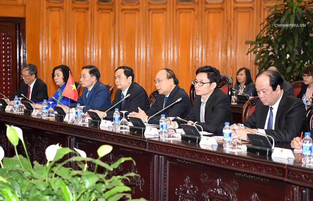 Thủ tướng Nguyễn Xuân Phúc tiếp Thủ tướng Lào - ảnh 1