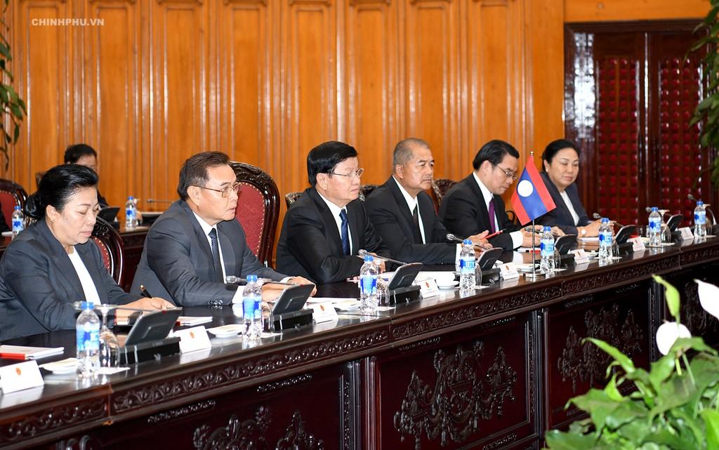 Thủ tướng Nguyễn Xuân Phúc tiếp Thủ tướng Lào - ảnh 2