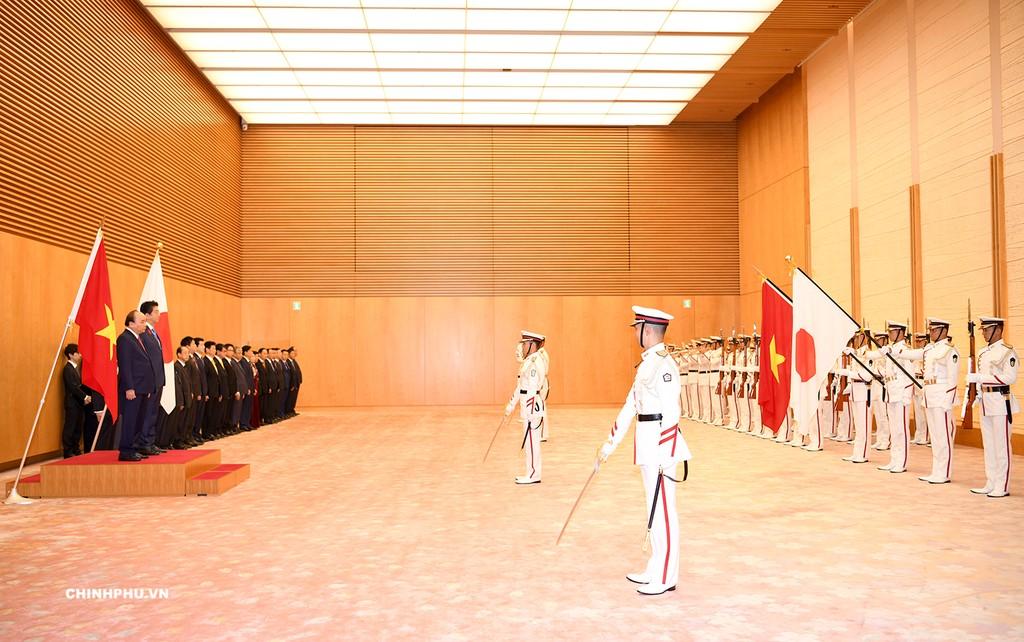 Lễ đón Thủ tướng Nguyễn Xuân Phúc thăm Nhật Bản - ảnh 1