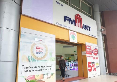 Các siêu thị Fivimart chuẩn bị thay đổi theo nhận diện thương hiệu Vinmart.