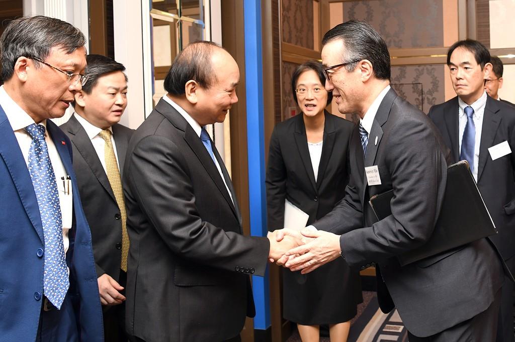 Thủ tướng tọa đàm với các doanh nghiệp công nghệ cao Nhật Bản - ảnh 2