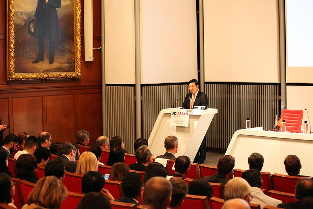 Việt Nam luôn rộng cửa chào đón các nhà đầu tư Anh - ảnh 1
