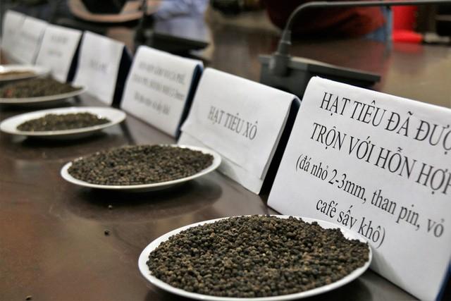Đắk Nông: Truy tố 5 đối tượng trong vụ trộn tạp chất cà phê với nước bột pin - ảnh 2